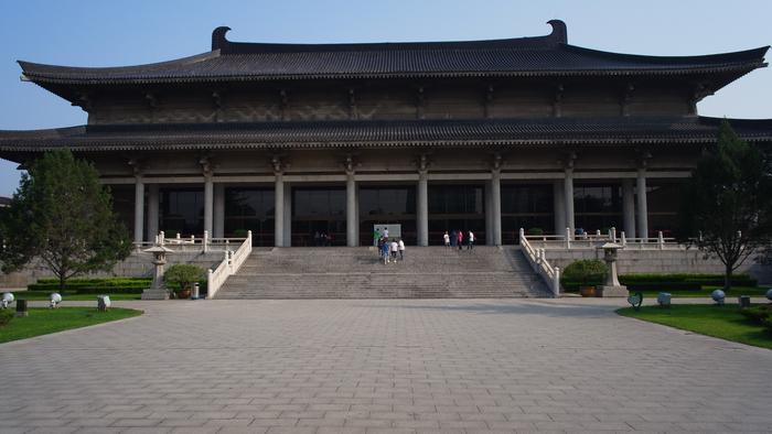 古色古香的陜西博物館,與新式的甘肅省博物館風格大異